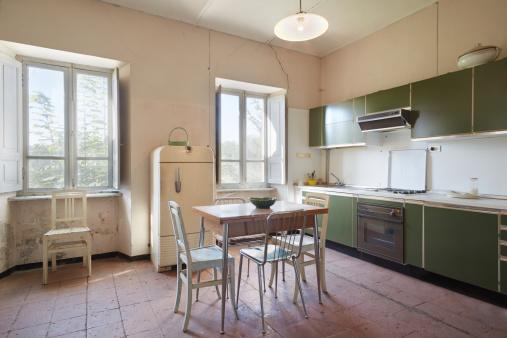 Comment nettoyer facilement son frigo vintage ?